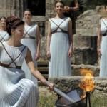 إيقاد شعلة أولمبياد 2016 في أولمبيا اليونانية